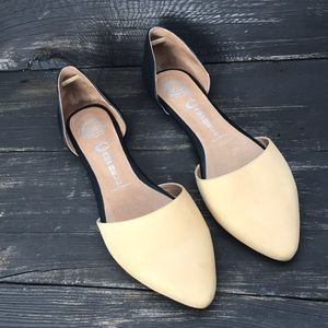 "Jeffery Campbell D'orsay  ""In-Love"" Flats Size 9"